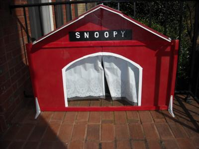 Play Therapy Idea: Snoopy Puppet Theater