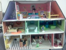Dollhouse Play Therapy Activity