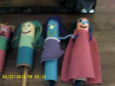 Play Therapy Puppets Activity and Example Item Number 3