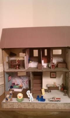 Dollhouse and Miniatures for Doll House Play Therapy Technique