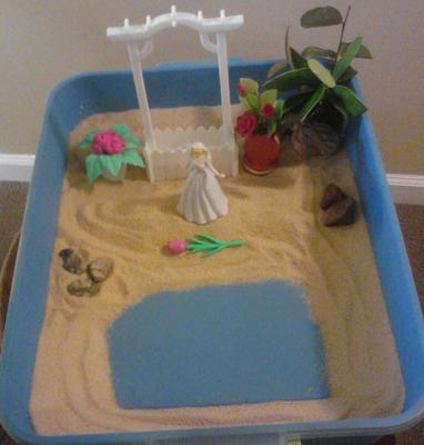 peace garden (sand tray therapy class first assignment)