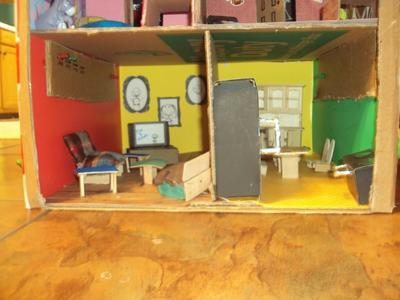 Play Therapy: Daddy/Daughter Dollhouse Therapy: Room