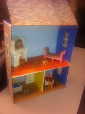 Example: Doll House Play Therapy Technique / Doll House Play Therapy Activity