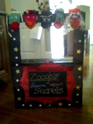 Play therapy puppet theater: Zoogbar