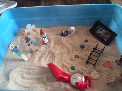 Sand Tray THerapy Nature Tray 3